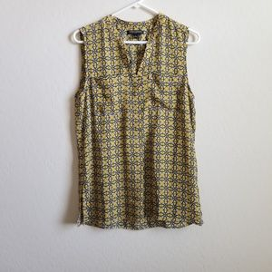 Banana Republic Sleeveless Popover Top M